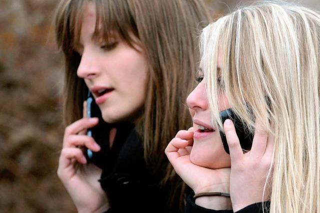 Handy-Verbot an Schule sorgt für Streit - und einen Flashmob