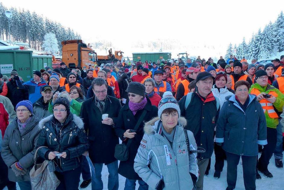 Die Neustädter folgten dem Ruf der Organisatoren, das Spektakel zum Volksfest zu machen. (Foto: Peter Stellmach)