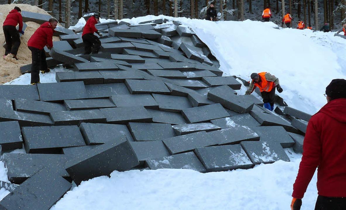 Die Dachziegel des Gletschers: 6000 Dä...rdunsteten in den vergangenen Monaten.  | Foto: bachmann