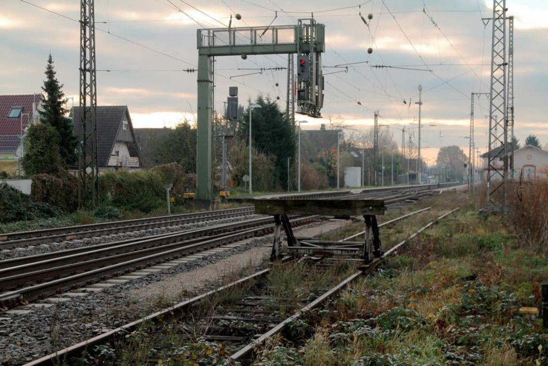 Heutiger Blick: Das Unglück ereignete ...östliche Seite mit Häusern bebaut ist.  | Foto: Thilo Bergmann
