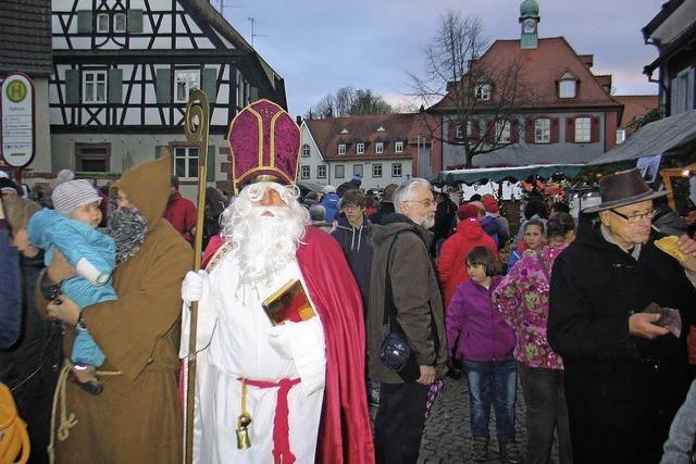 Großer Andrang beim Weihnachtsmarkt