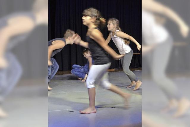 60 Kinder und ein Tanzexperiment