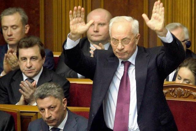 Kiew: Regierung bleibt im Amt
