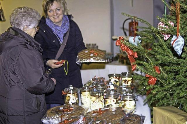 Großer Erfolg für ersten Adventsbasar der Landfrauen