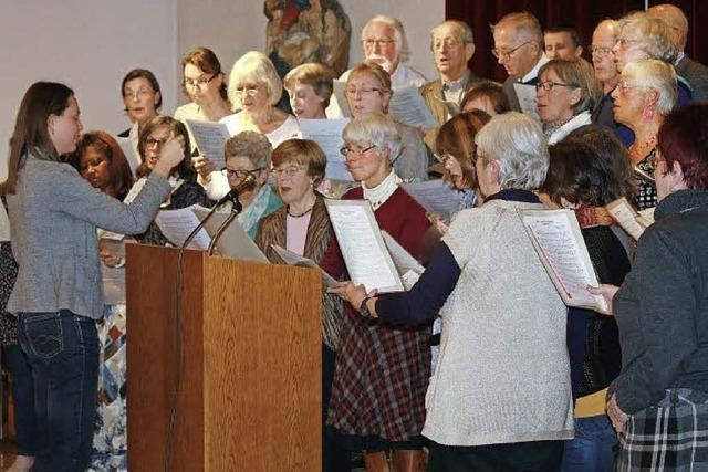 Chorleiterin kündigt ihren Rückzug an