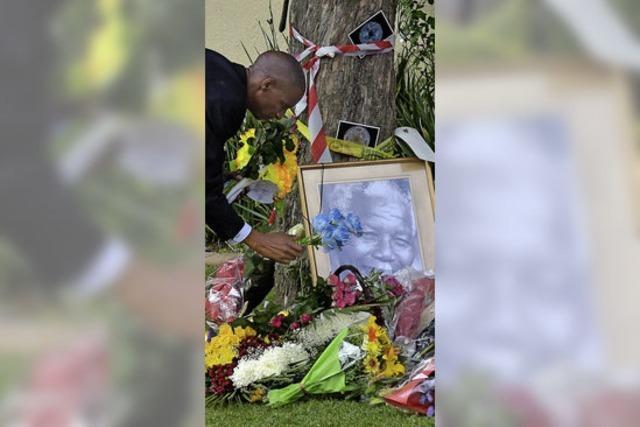 Zwischen Schmerz und Verehrung: Südafrika nach dem Tod Nelson Mandelas