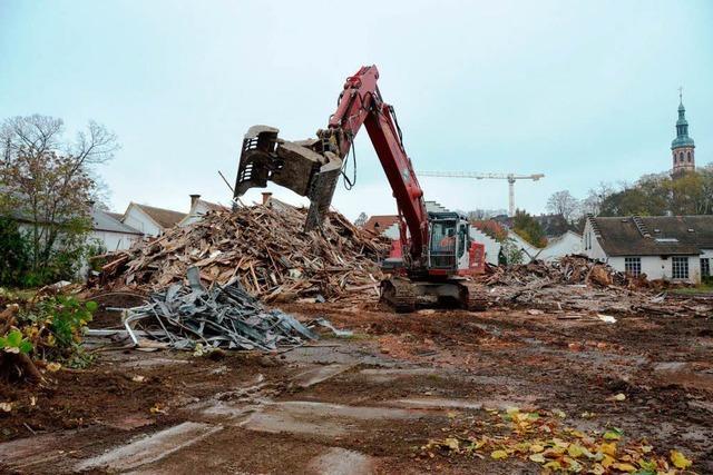 Alte Spinnerei: Hoher Aufwand bei Trennung von Bauschutt