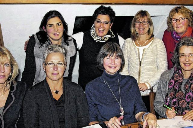 Netzwerkerinnen gründen einen Verein