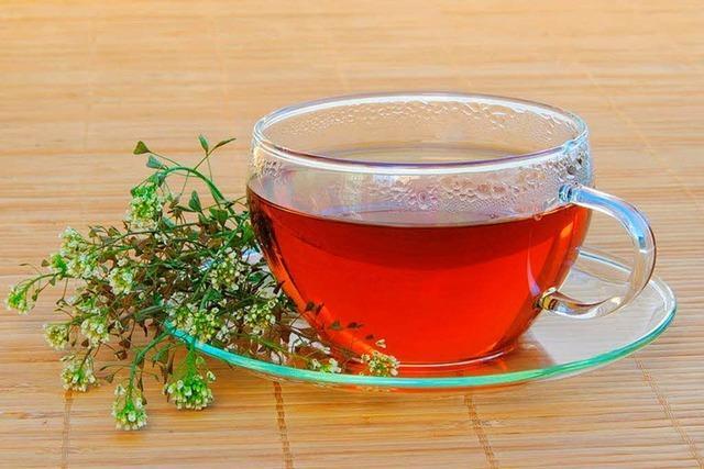 Ein Glas Tee ist kein voller Teller