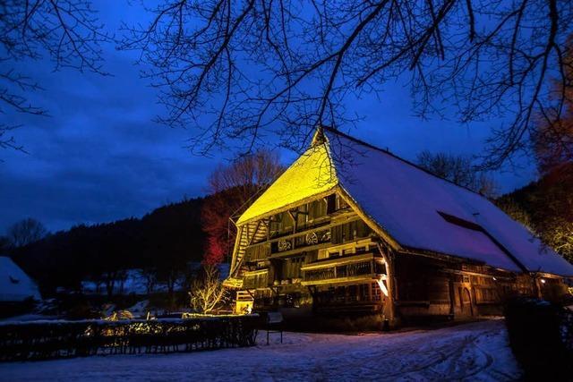 Weihnachten auf dem Vogtsbauernhof: Lieder singen, Geschichten hören