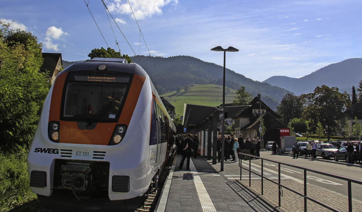 Der Regio-Verkehrsverbund Freiburg wil...ser auf die Münstertalbahn abstimmen.   | Foto: Alexander Huber