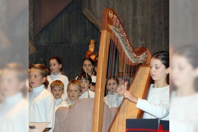 Drei Jugendensembles zaubern Adventsstimmung