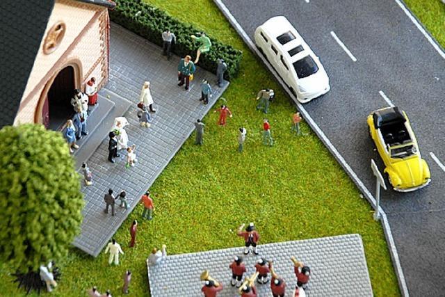 VON 1 BIS 24: Die große Welt als Miniatur