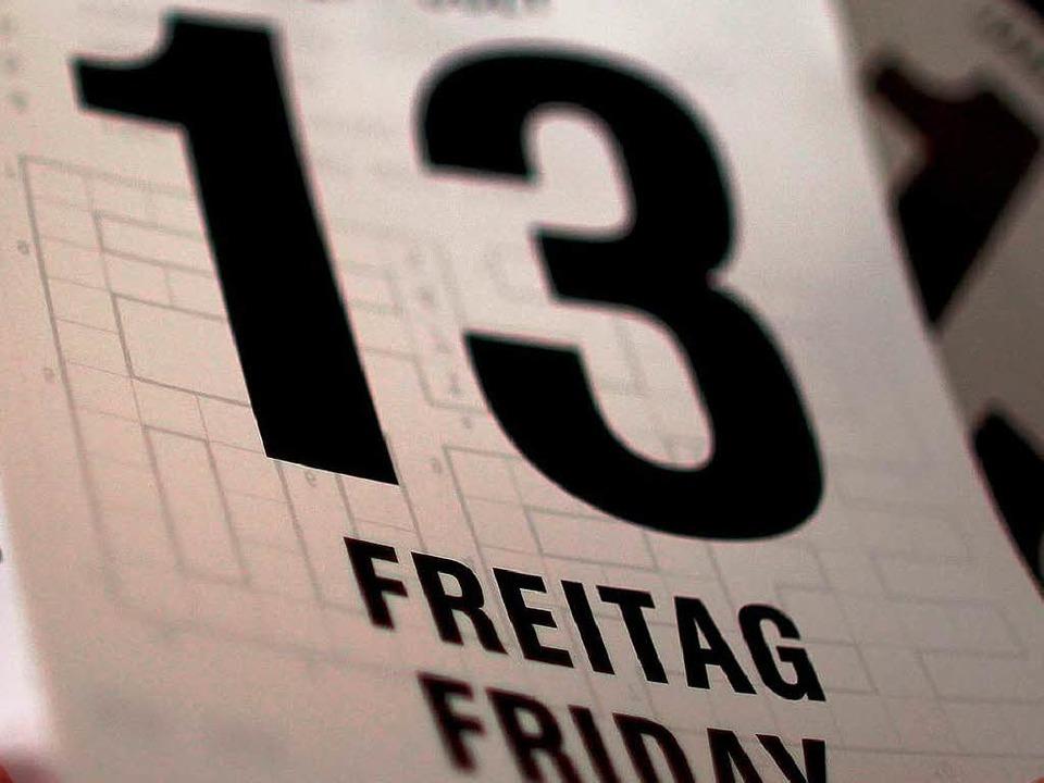Angst? Schon im Mittelalter galten die... 13 und der Freitag als unheilbringend  | Foto: dpa