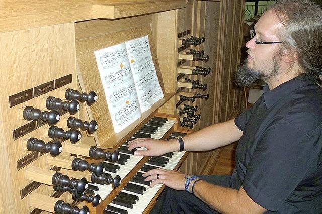 Der Kirchenmusiker Frank Rieger spielt in Wehr