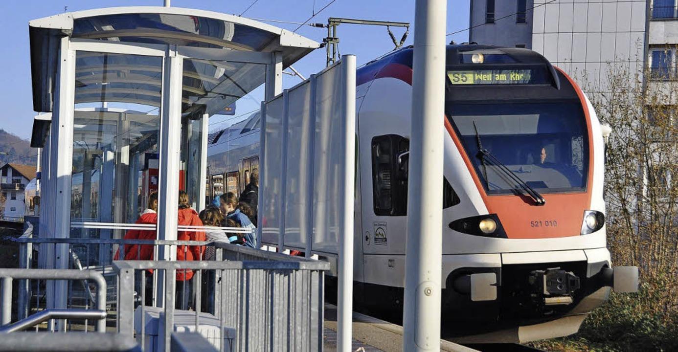 An der Dammstraße und drei Weiler Stat...e S-Bahn künftig nur noch bei Bedarf.   | Foto: Gramespacher