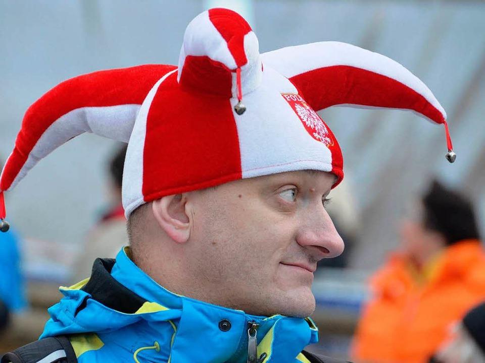 Fans aus ganz Europa waren da – zum Beispiel aus Polen.  | Foto: peter stellmach