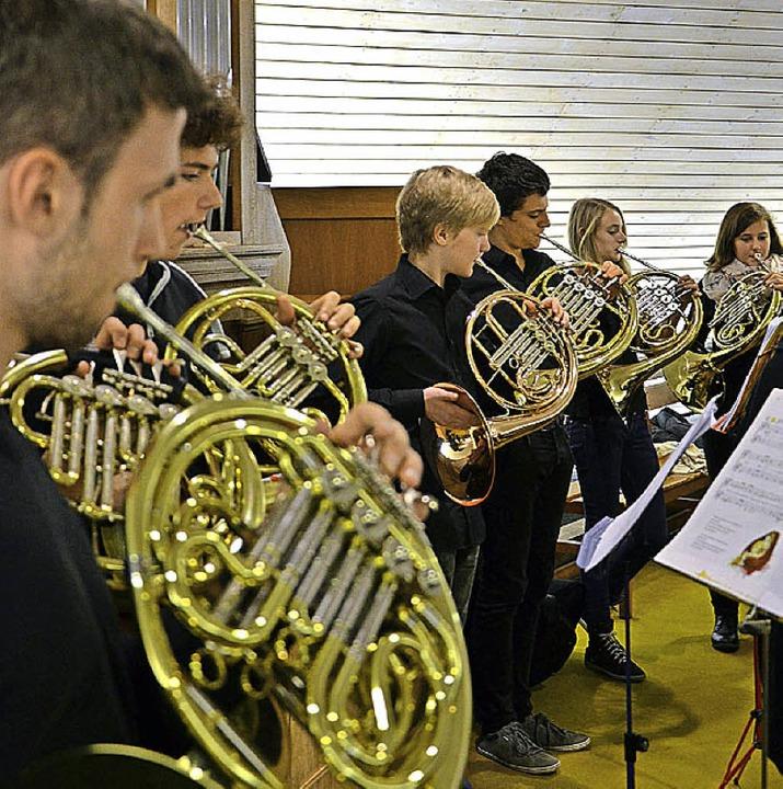 Auch Hornklänge waren bei dem Konzert zu hören.  | Foto: scheffel