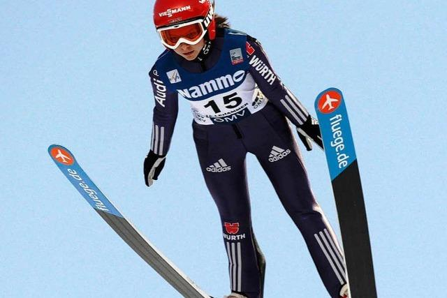 Weltcup in Hinterzarten – jetzt springen die Damen