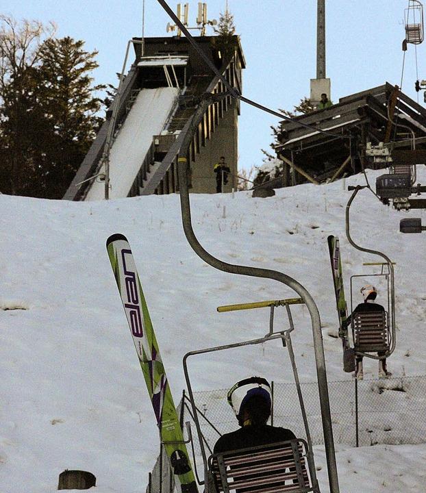 Die Schanze wartet auf die chinesischen Skispringerinnen.    Foto: Joachim Frommherz