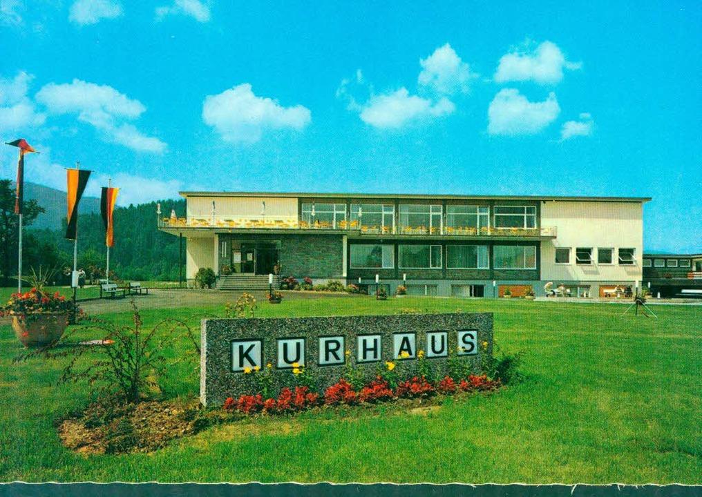 Das Kurhaus nach der Eröffnung im Jahr 1965 auf einer Postkarte.   | Foto: Kreisarchiv