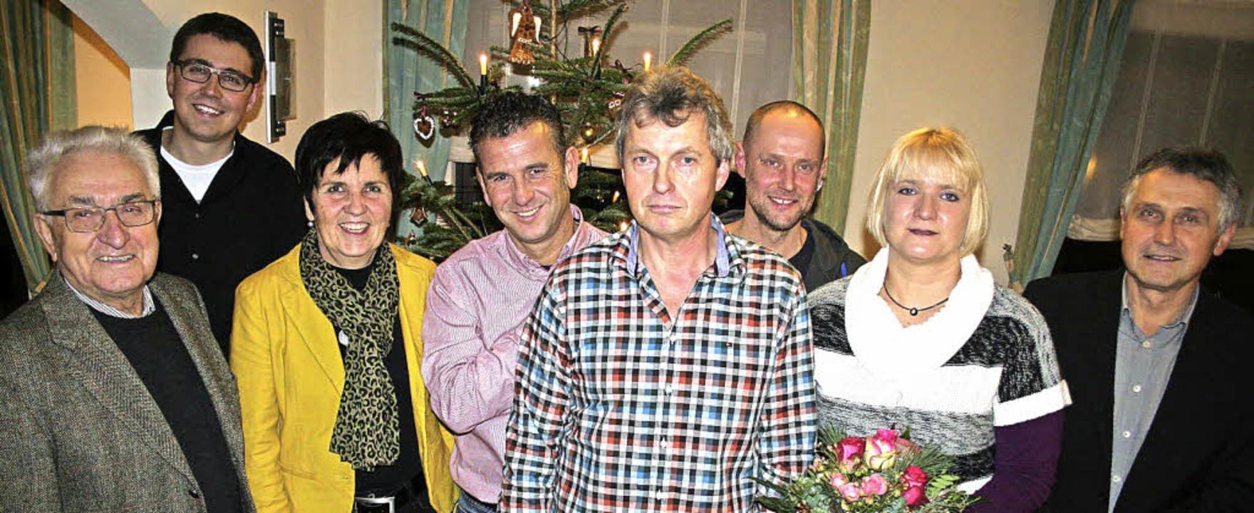 Geschäftsführer Thomas Cybulla (rechts...klas und Gattin Brigitte (von links).   | Foto: Heiss