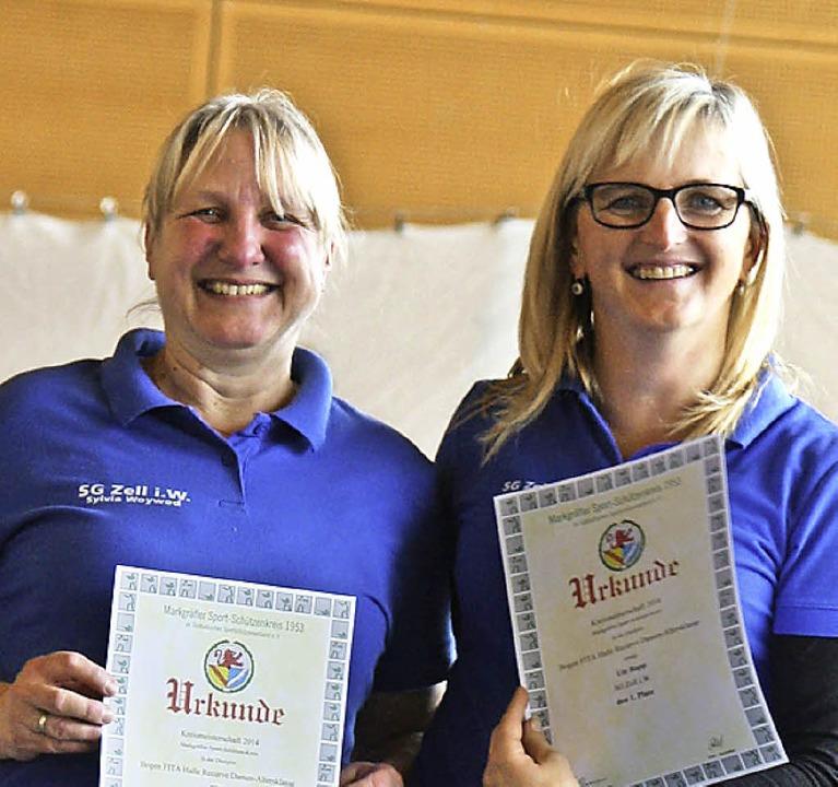 Siegreich: Sylvia Woywod (links) und Ute Rapp  | Foto: zvg
