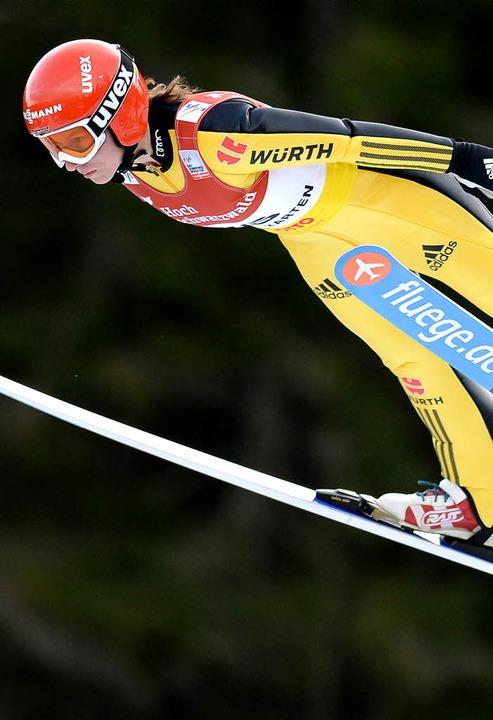 Ramona Straub vom SC Langenordnach wur...ste deutsche Weltcup-Skispringerin.     | Foto: seeger/dpa