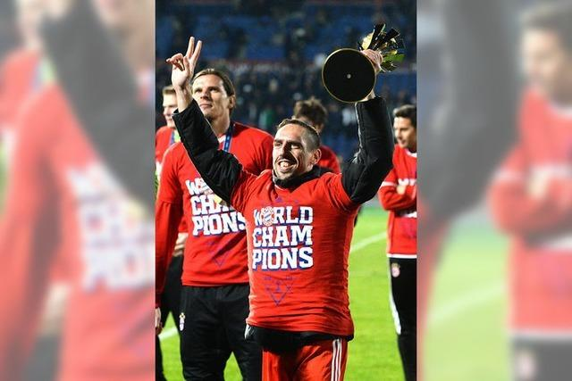 Bayern feiern das Quintuple