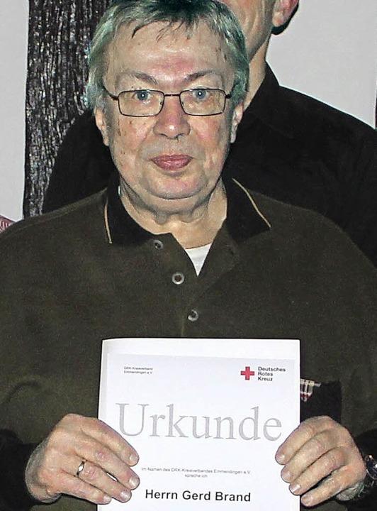 Gerd Brand ist 40 Jahre beim Roten Kreuz beschäftigt.   | Foto: DRK