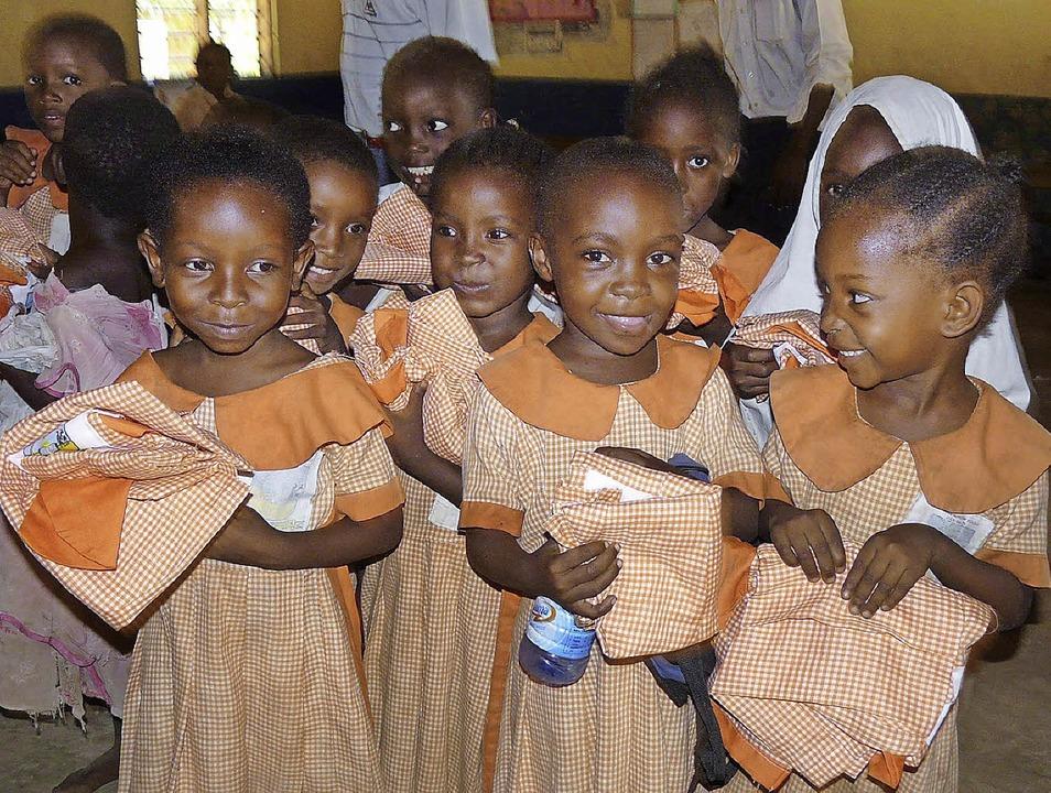 Schülerinnen der Hermann Primary School     Foto: Privat