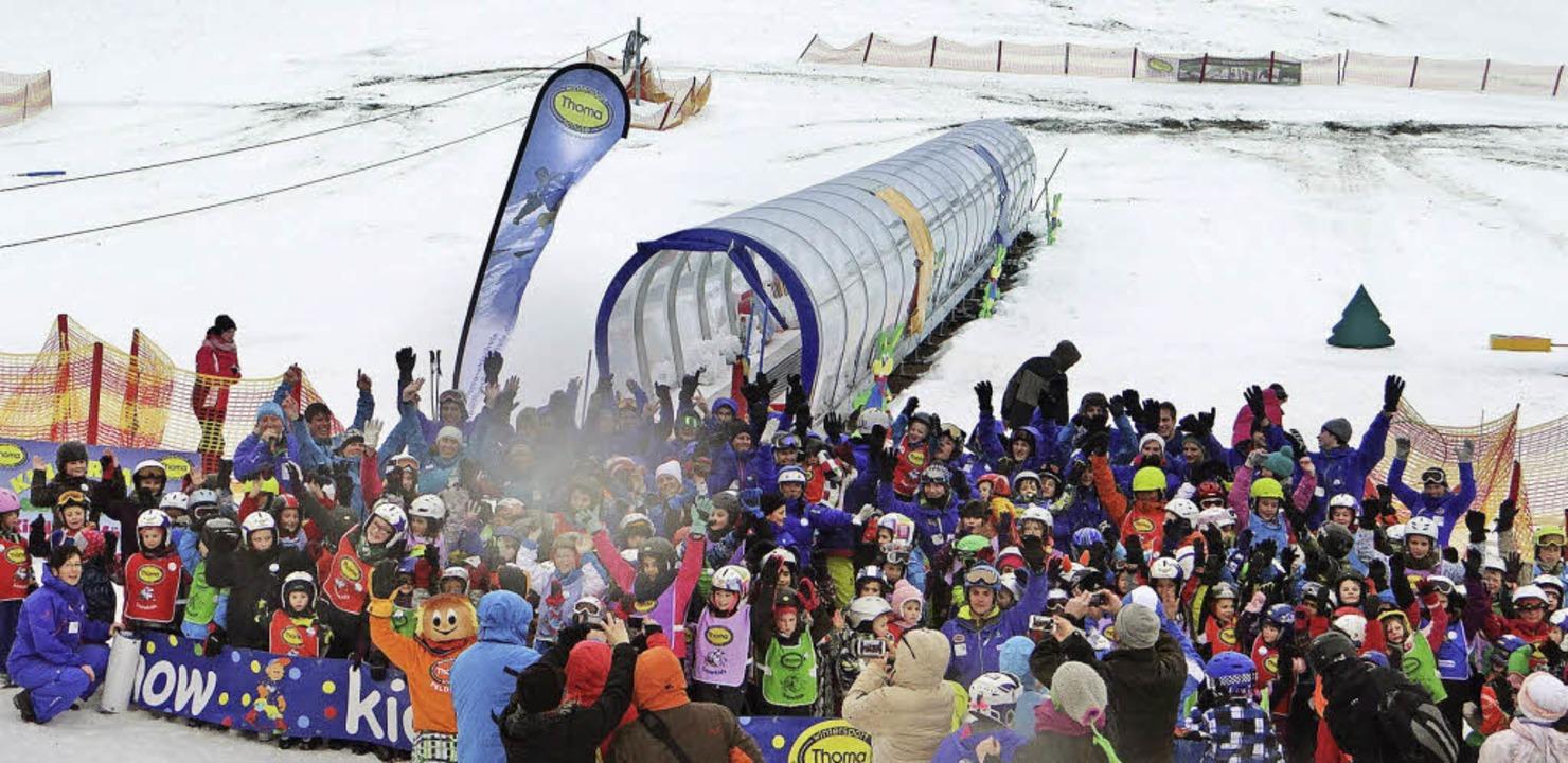 235 Jungen und Mädchen erlebten bei &#...sreichen Tag auf Schi oder Snowboard.   | Foto: Sören Spürgin
