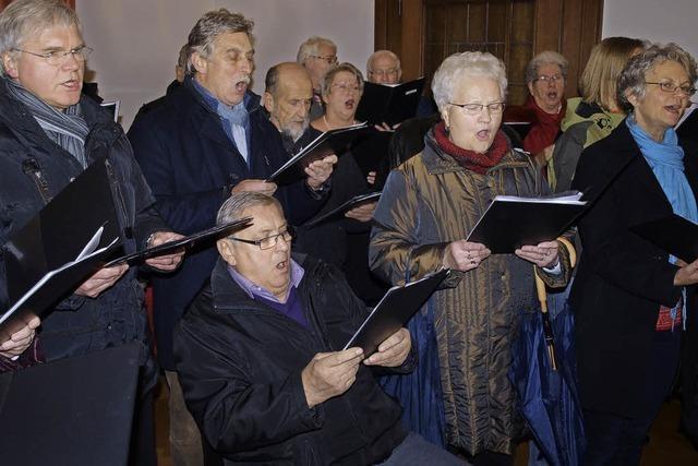 Weihnachtsmusik erklang diesmal aus dem Ratssaal