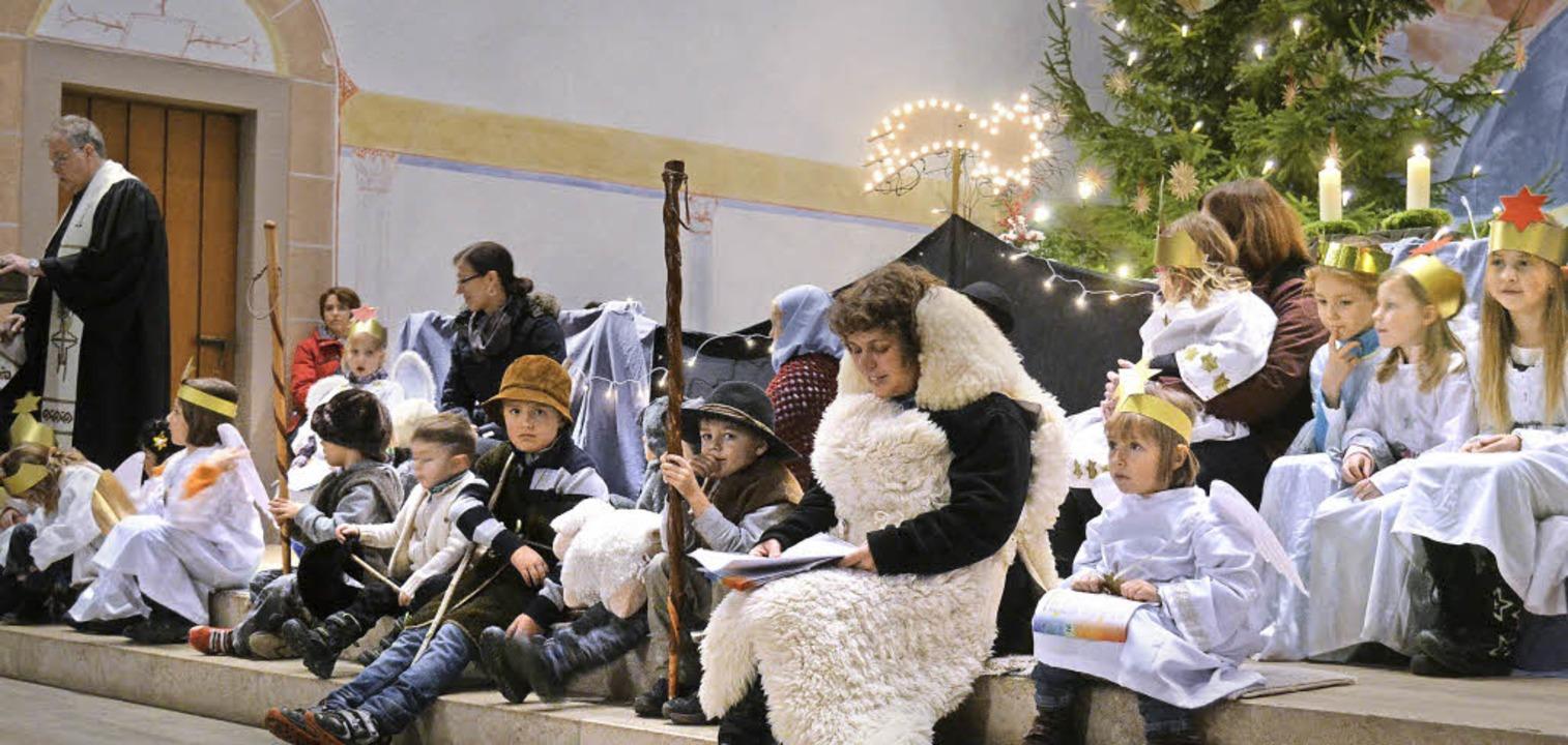 Hirte, Schafe, Engel, Maria und Josef ...r Gotteshäusern  mehrfach anzutreffen.  | Foto: Lisa Koschoreck