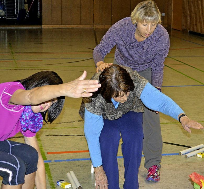 Sport nach Krebs: Übungsleiterin Astri...der Theapiegruppe des SV Kirchzarten.   | Foto: Gerd Lück