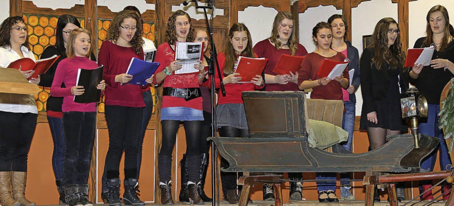 Großen Anklang fand der Auftritt des Jugendchores.    Foto: Hans-Jürgen Hege