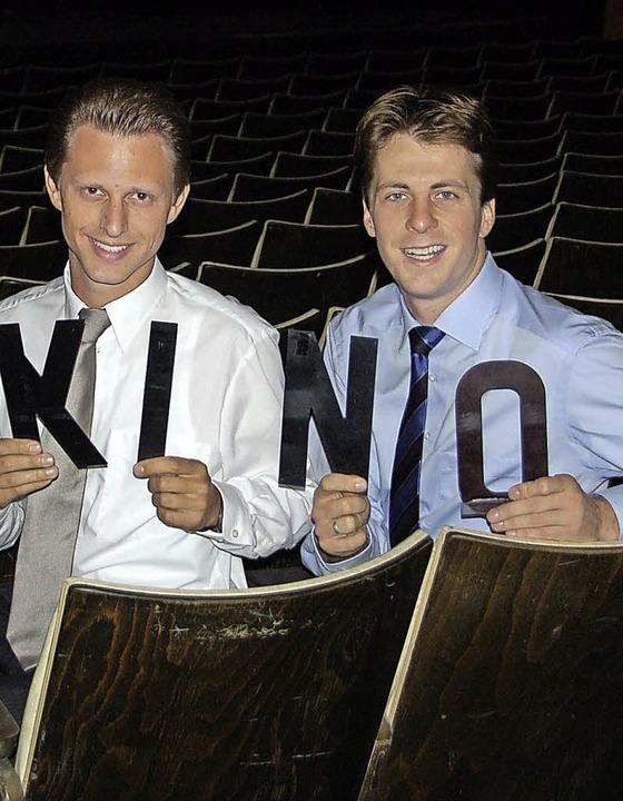 Sind froh, den Kinobetrieb  aufrecht e...terle (links) und Jochen Frank Schmidt    Foto: Archivfoto: Axel Kremp