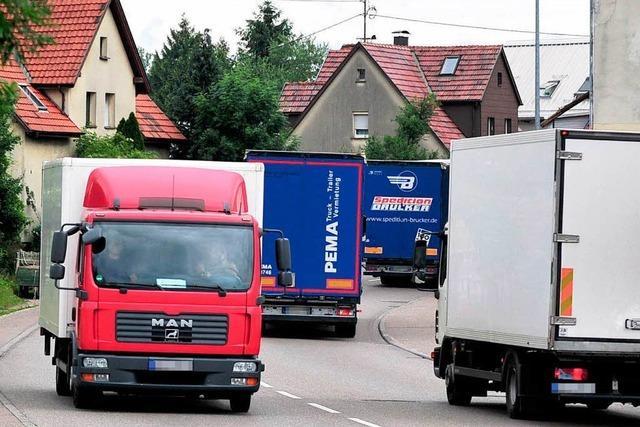 ADAC Südbaden fordert Lkw-Maut in Ortsdurchfahrten