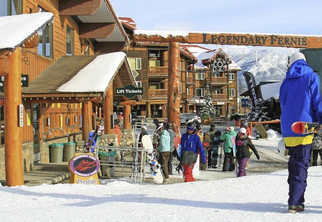 Für Cowboys und Skifreaks: Fernie in den kanadischen Rocky Mountains    Foto: dpa-tmn