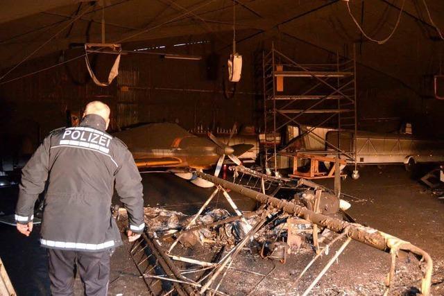 Brand im Luftsportverein Markgräflerland zerstört mehrere Flugzeuge