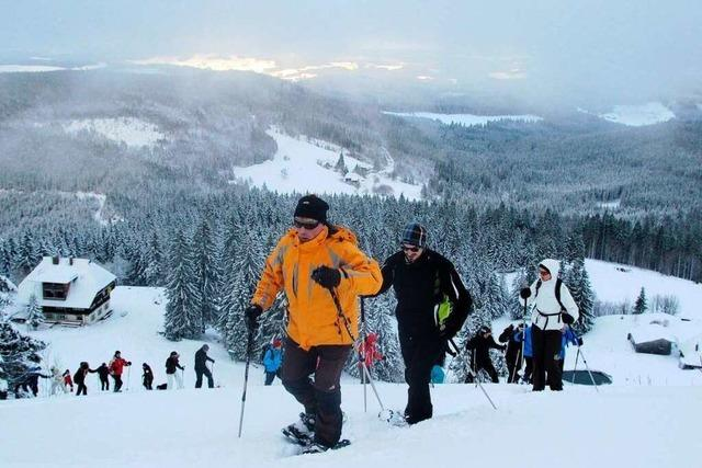 Neblige Expedition: Mit den Schneeschuhen auf den Feldberg