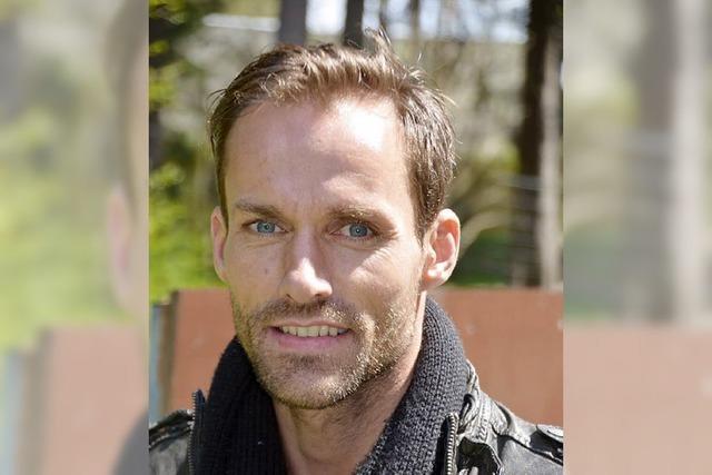 Sven Hannawald präsentiert sein Buch beim BZ-Dialog