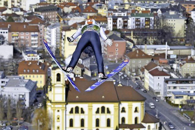 Drittes Springen in Innsbruck: Kaum Höhenflüge im windigen Tirol