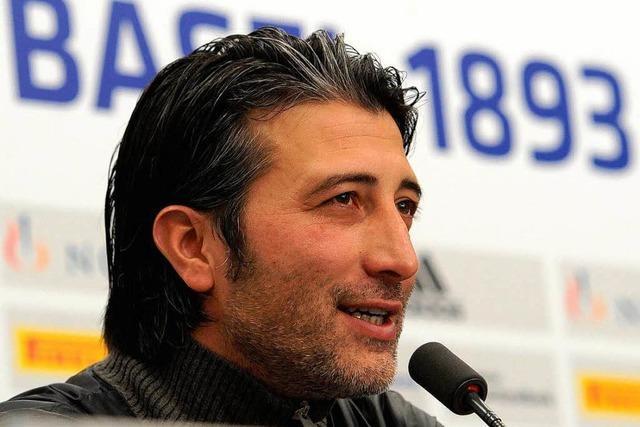 Yakin verlängert beim FC Basel