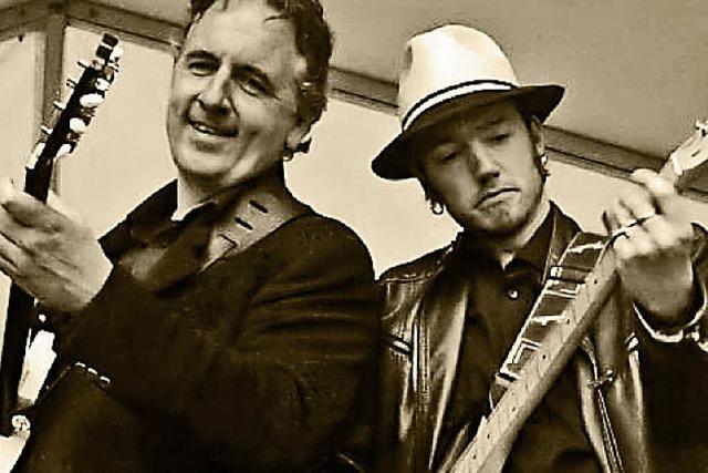Robert Fossen und Peter Struijk spielen Chicago-Blues