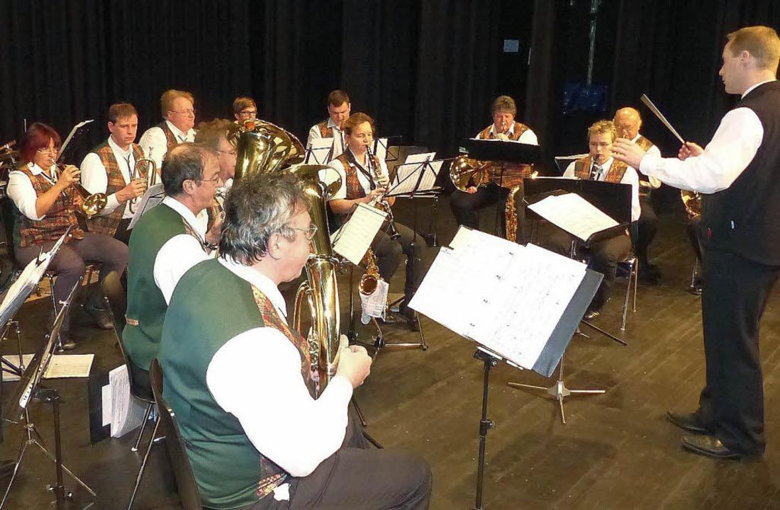 Musikalisch unterhielten die Denzlinge...n VdK-Mitglieder bei der Jahresfeier.   | Foto: Pia Grättinger