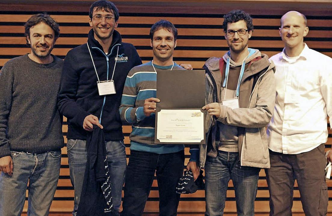 Gratulation in Toronto: Pablo Meyer-Ro.... Clemens Kreutz und Dr. Andreas Raue.  | Foto: Privat