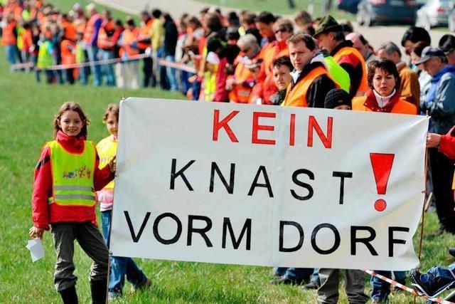 Bürger protestieren gegen geplantes Großgefängnis