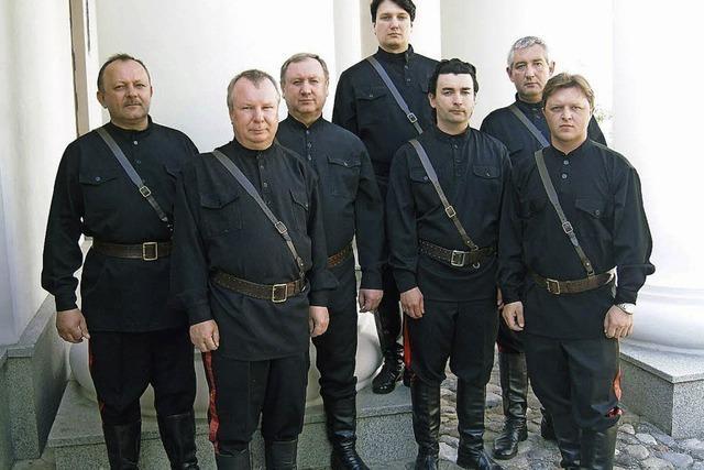Die Maxim Kowalew Don Kosaken singen in Emmendingen-Kollmarsreute