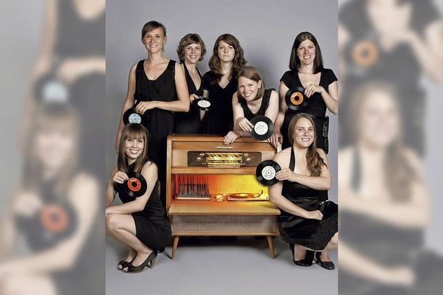 Die Six Chicks singen im Tabourettli Basel